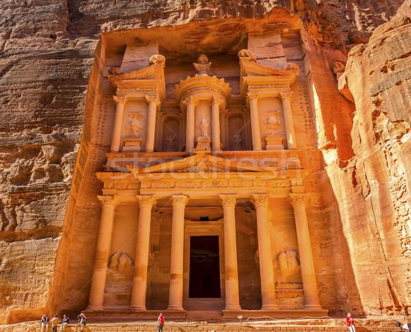 żółty złoty skarbiec rano Jordania 100 Zdjęcia stock © billperry