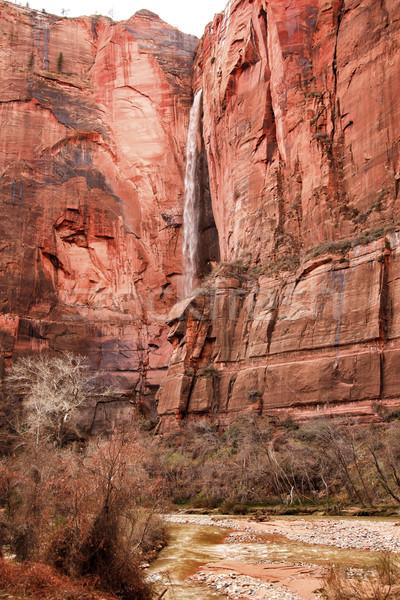 Foto stock: Templo · cachoeira · vermelho · rocha · parede · virgem