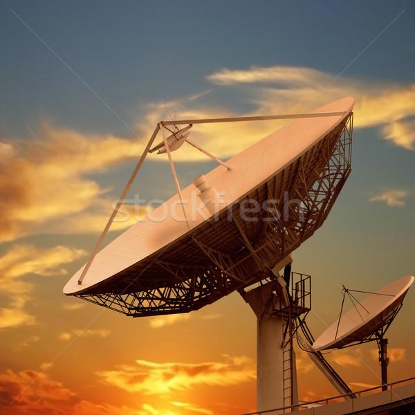 Satellite piatti piccolo nubi sunrise Foto d'archivio © Binkski