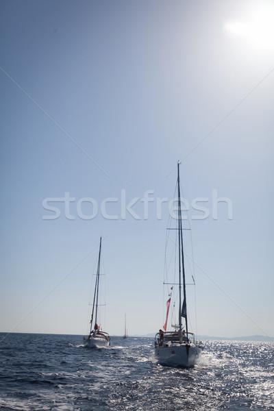 Zeilen zee klein rustig vreedzaam water Stockfoto © blanaru