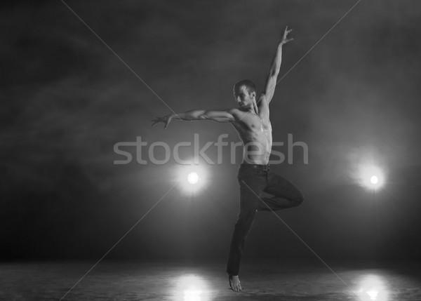 Stockfoto: Tijdgenoot · dans · jonge · gespierd · man