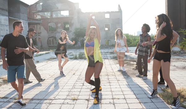 Giovane ragazza hip hop strada ballerino energetico giovani Foto d'archivio © blanaru