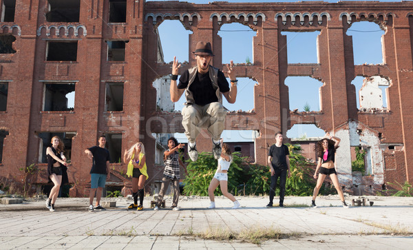 Dançar poder enérgico jovem hip hop rua Foto stock © blanaru