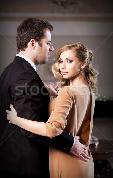 Romantische datum man vrouw dansen zie Stockfoto © blanaru