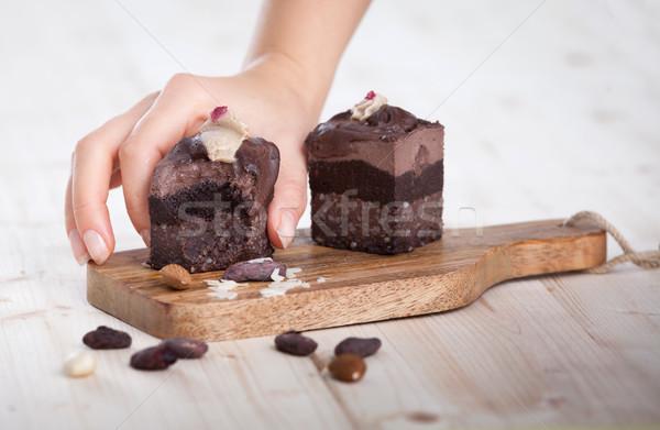 Vegan bolo mão de volta delicioso Foto stock © blanaru