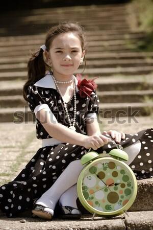 Photo stock: Temps · portrait · jeune · fille · attente · compagnon · garçon