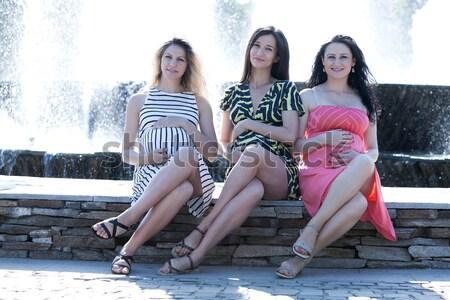 Sensual três jovem grávida mulheres Foto stock © blanaru