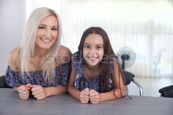 Stockfoto: Moeder · dochter · kwaliteit · tijd · vrouw · gelukkig