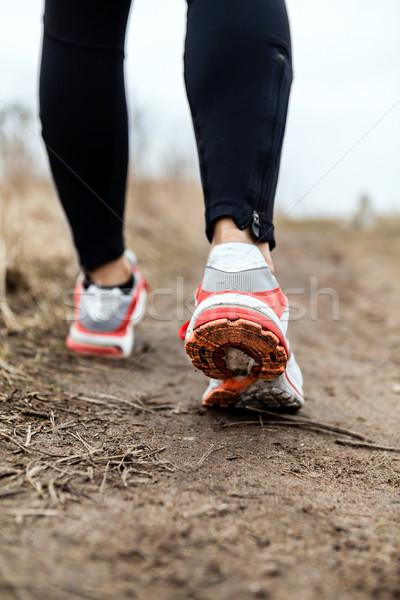 ストックフォト: 徒歩 · を実行して · 脚 · スポーツ · 靴 · フィットネス