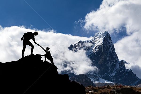 Himalayalar manzara Nepal takım çalışması çift yürüyüş Stok fotoğraf © blasbike