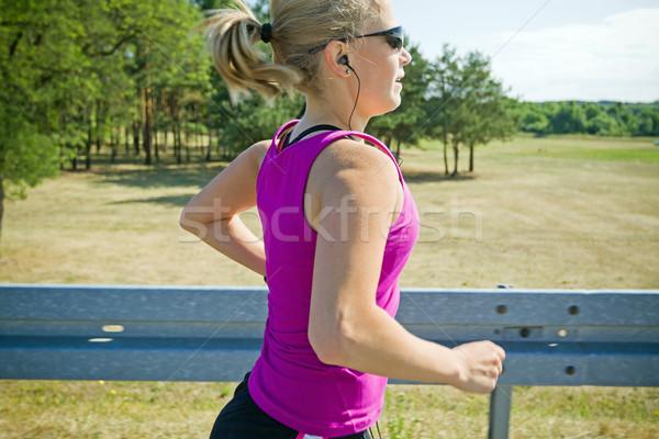 Photo stock: Courir · femme · été · heureux