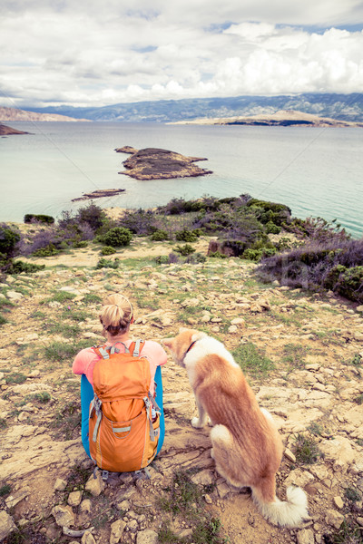 Stockfoto: Vrouw · wandelen · lopen · hond · parcours