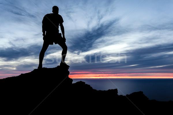 Foto d'archivio: Uomo · escursioni · silhouette · montagna · Ocean · tramonto