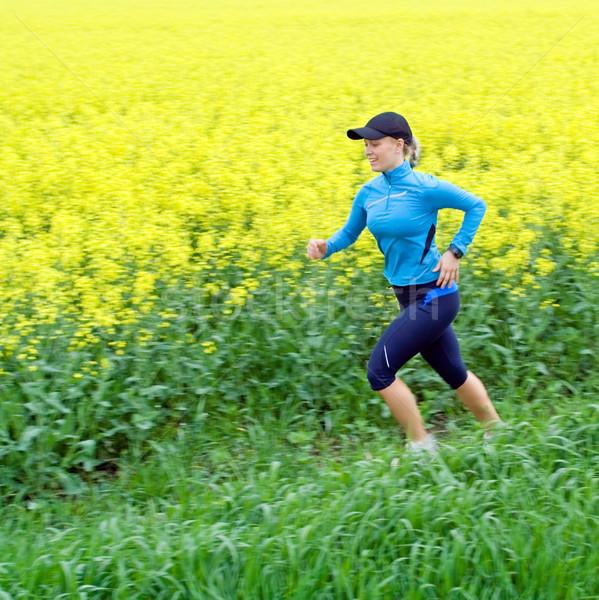 Photo stock: Jeune · femme · courir · sentier · femme · coureur · extérieur