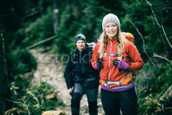 Foto d'archivio: Coppia · escursionisti · piedi · escursioni · uomo · donna