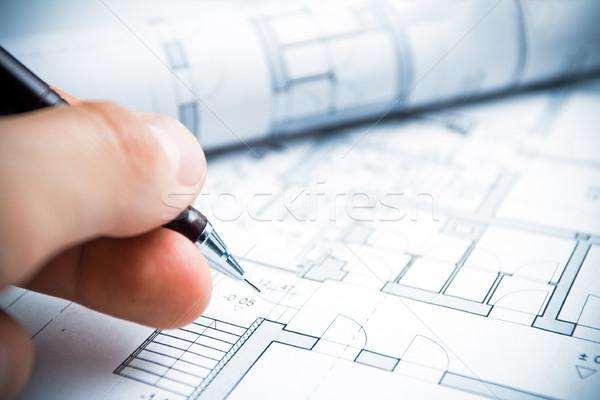 Architecte travail main crayon dessin papier for What size paper are blueprints printed on