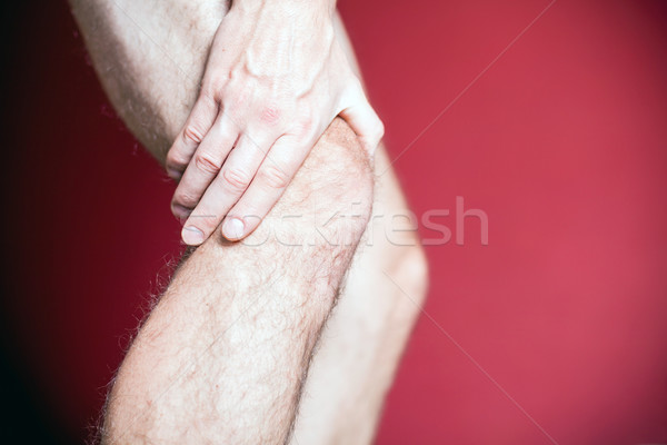 Genou douleur massage homme Photo stock © blasbike
