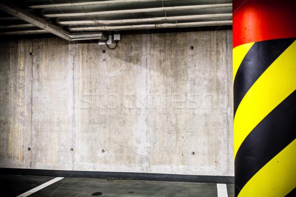 Estacionamento garagem subterrâneo interior concreto grunge Foto stock © blasbike