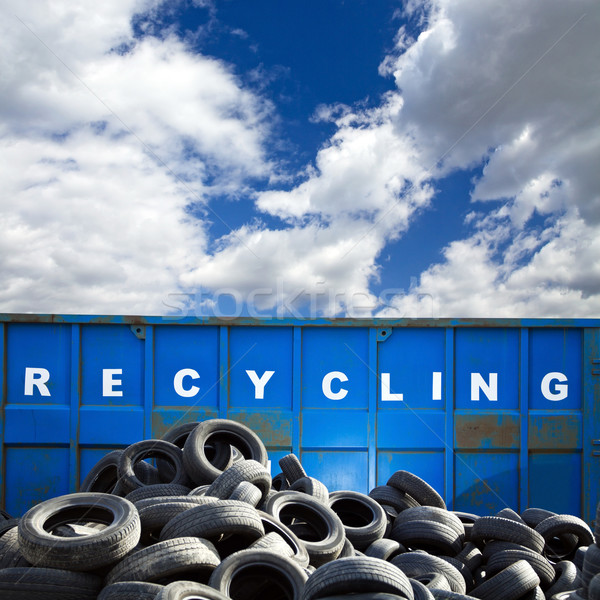 Recycling business container banden auto blauwe hemel Stockfoto © blasbike