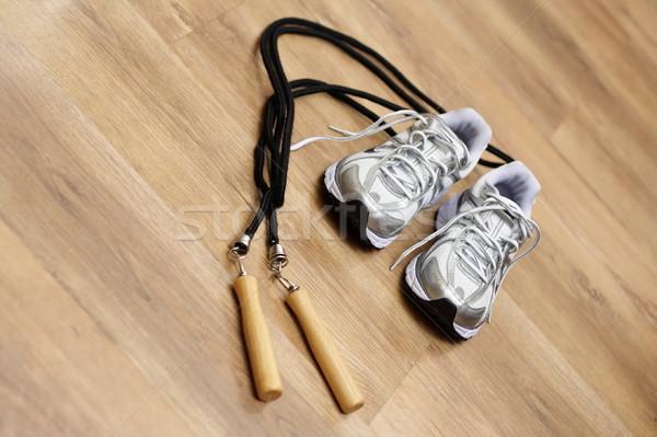 Springen touw trainers gymnasium vloer sport Stockfoto © blasbike
