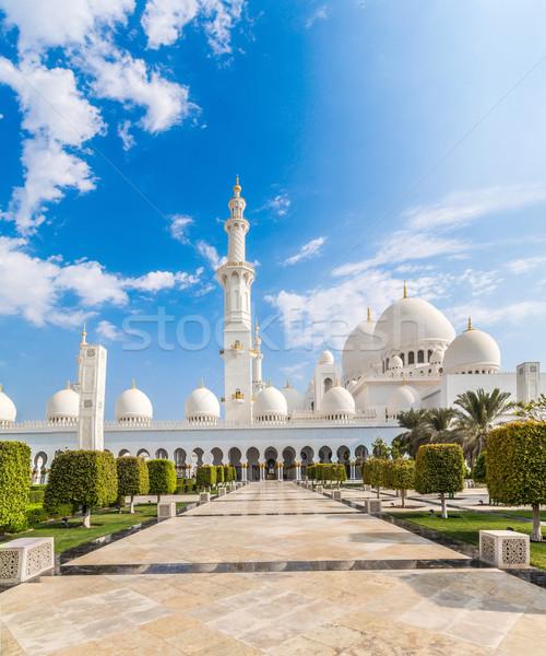 мечети Ближнем Востоке Объединенные Арабские Эмираты Абу-Даби город небе Сток-фото © bloodua