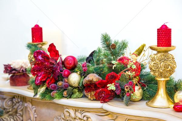 şömine dekore edilmiş Noel çelenk mumlar yangın Stok fotoğraf © bloodua