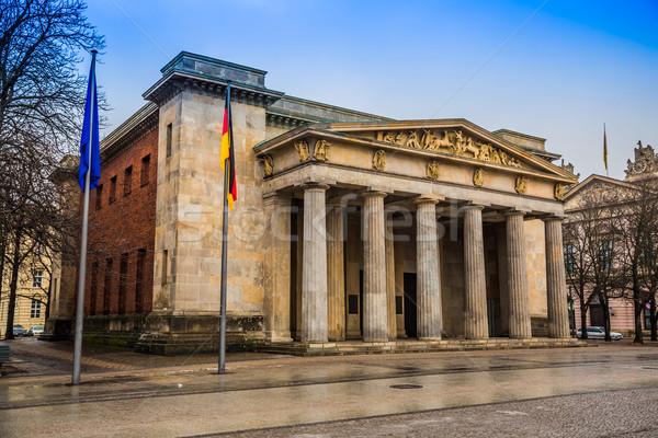 Foto stock: Berlín · día · guerra · soldado · tristeza · terror