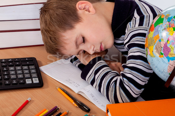 Cansado estudante isolado branco livro caneta Foto stock © bloodua