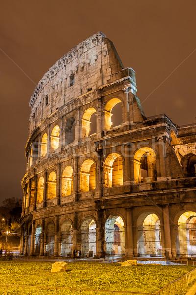 Colosseum Róma Olaszország ikonikus mondai épület Stock fotó © bloodua