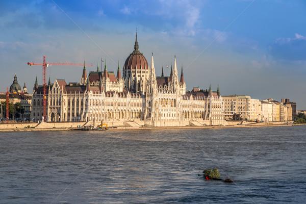 Costruzione parlamento Budapest Ungheria ungherese fiume Foto d'archivio © bloodua