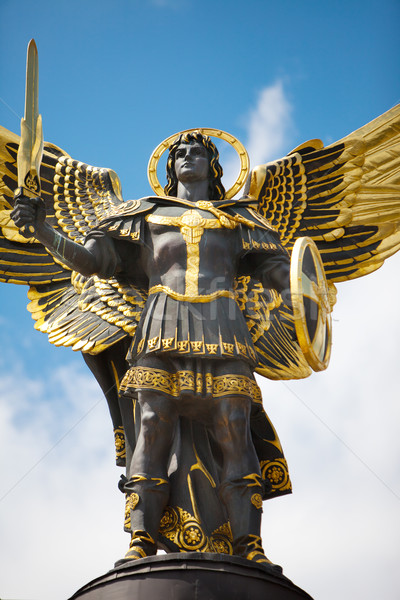 Monument of Angel in Kiev, independence square Stock photo © bloodua