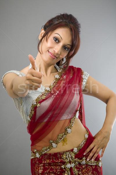 Fiatal indiai nő mutat hüvelykujj felfelé Stock fotó © bmonteny