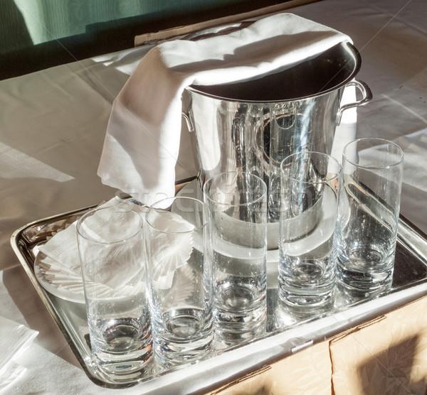 üres üveg vödör fém asztal ital Stock fotó © bmonteny