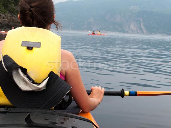 Vrouw kajakken rivier Quebec Canada natuur Stockfoto © bmonteny
