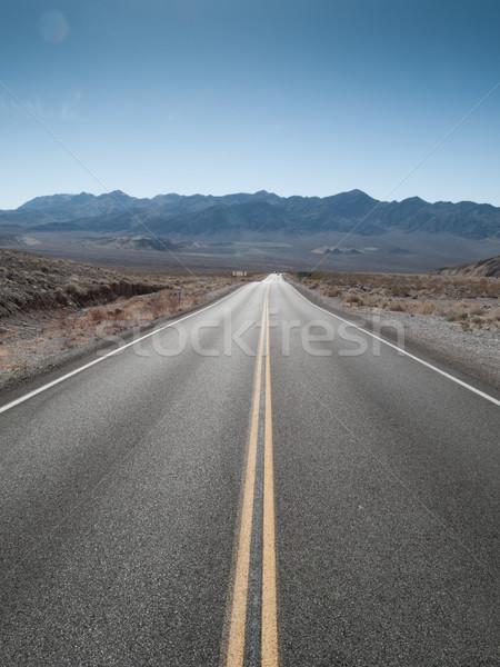 Em linha reta estrada paisagem morte vale parque Foto stock © bmonteny