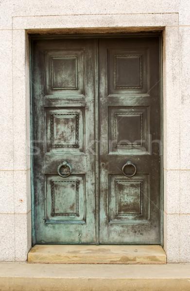 Zárva ajtó öreg elnyűtt festék kék Stock fotó © bobhackett