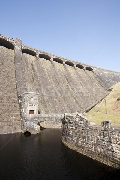 Fenék völgy Wales fal híd kék Stock fotó © bobhackett