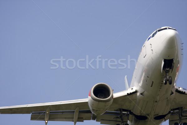 Battant jumeau moteur jet ciel bleu Photo stock © bobhackett