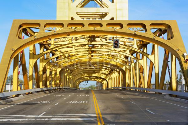 Or Tower Bridge regarder route lumières Photo stock © bobkeenan