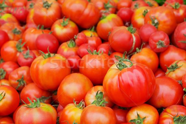 красный сочный помидоров Фермеры рынке Сток-фото © bobkeenan