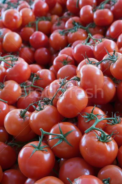 Wijnstok tomaten markt verticaal groene Stockfoto © bobkeenan