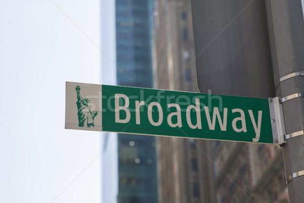 Straat teken broadway heldere dag New York Verenigde Staten Stockfoto © boggy