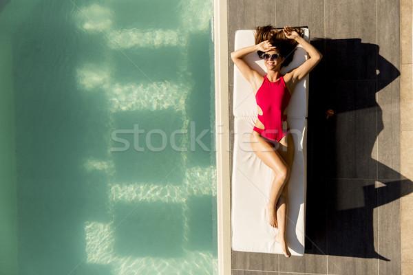Piscina tumbona verano día agua Foto stock © boggy