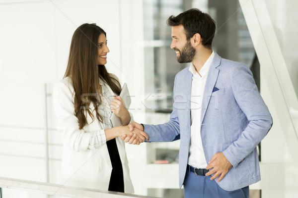 Бизнес-партнеры говорить современных служба бизнеса заседание Сток-фото © boggy