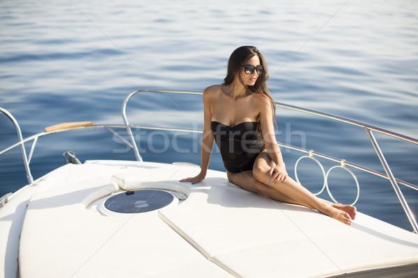Bastante relajante yate mar mujer Foto stock © boggy
