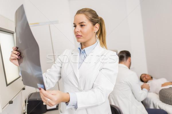 Radyolog xray klinik tıbbi laboratuvar portre Stok fotoğraf © boggy