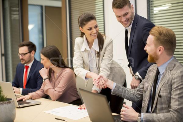 Бизнес-партнеры бизнеса современных служба Сток-фото © boggy