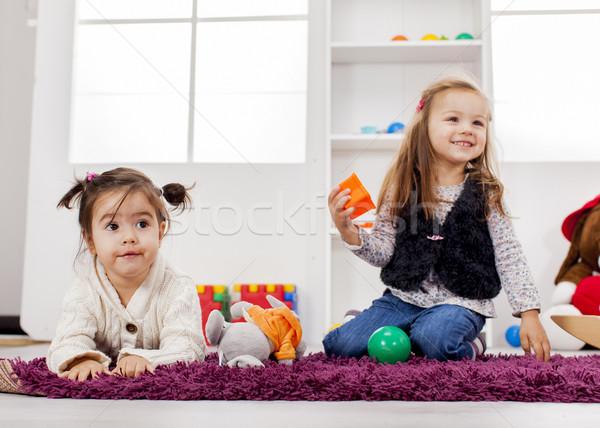 女の子 演奏 ルーム 少女 ホーム グループ ストックフォト © boggy