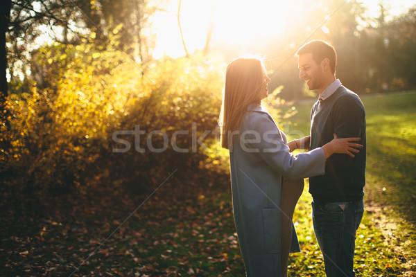 Stockfoto: Gelukkig · paar · najaar · park · zwangere · vrouw · man