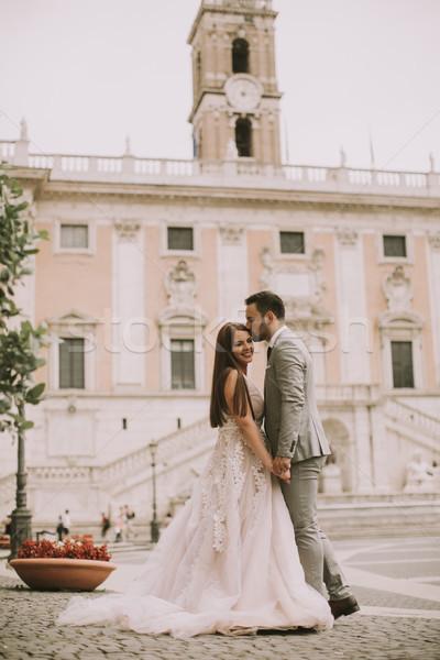 Mariage couple Rome Italie jeunes séduisant Photo stock © boggy